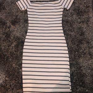 👗 Forever 21 Mini Dress 👗